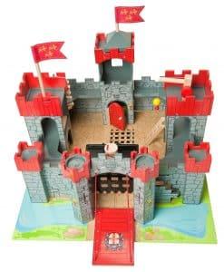 Le Toy Van Lionheart Wooden Castle TV290