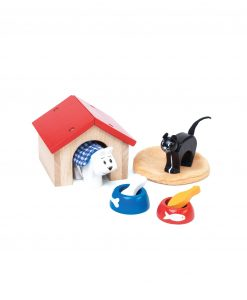 ME043-Pet-Set-Cat-Dog-Wooden-Doll-House-Toy